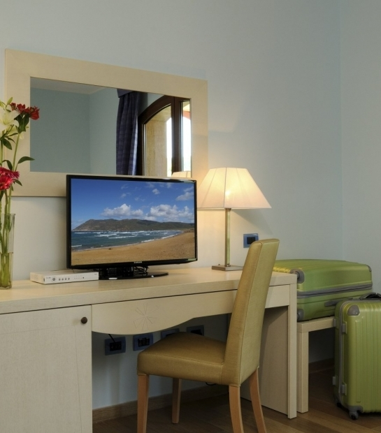 room with led tv alghero