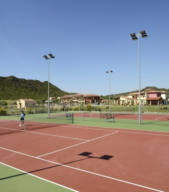 hotel with tennis pitch alghero