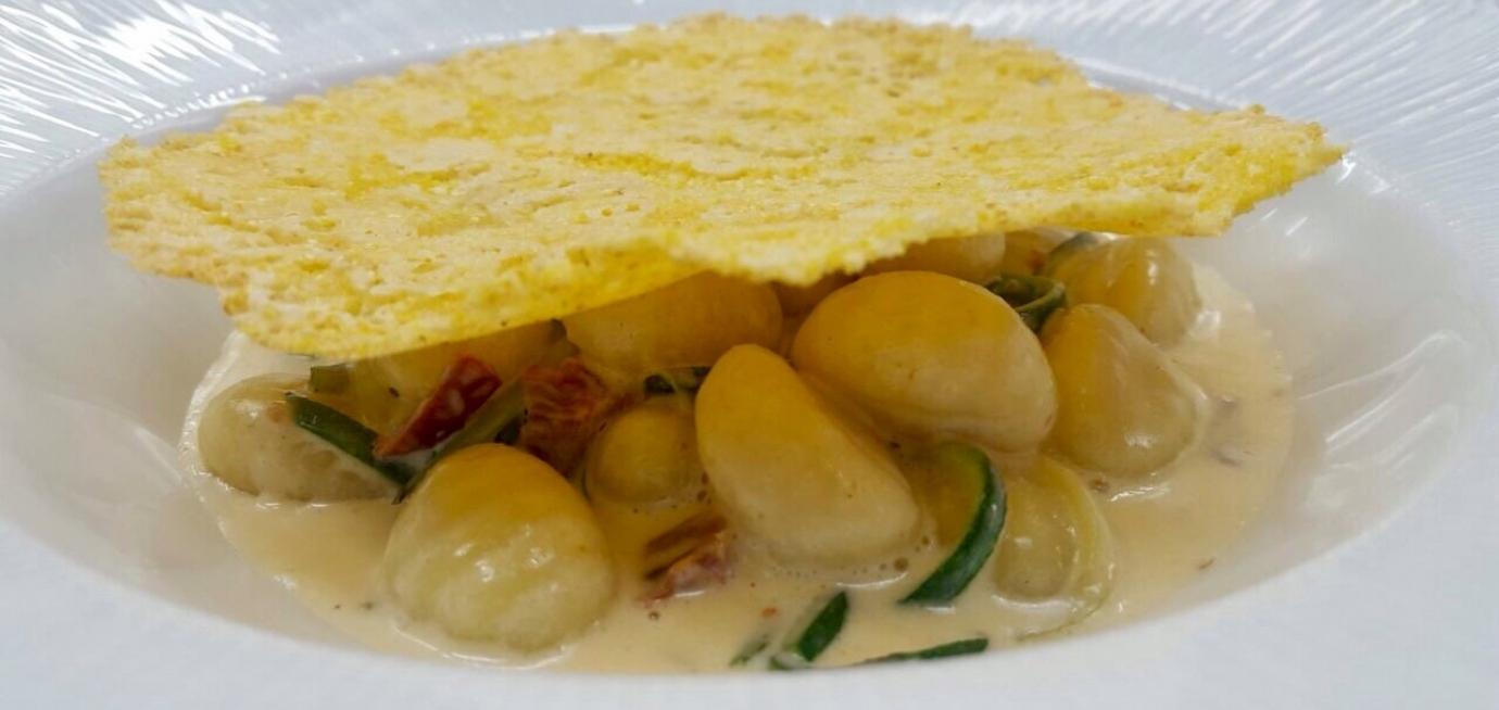 gnocchi di patate e carasau