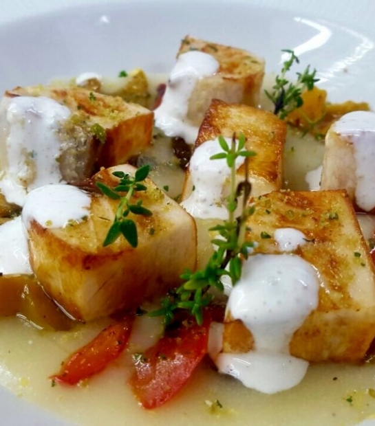Patate con salsa yogurt