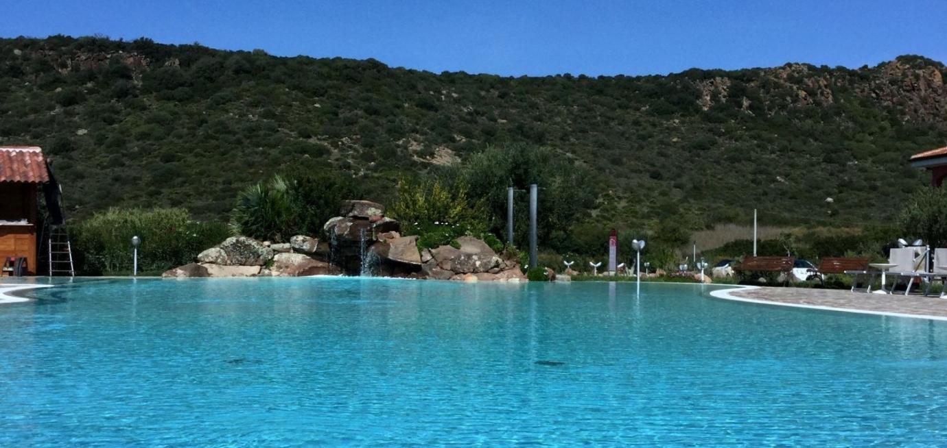 piscina_e_cascata.jpg
