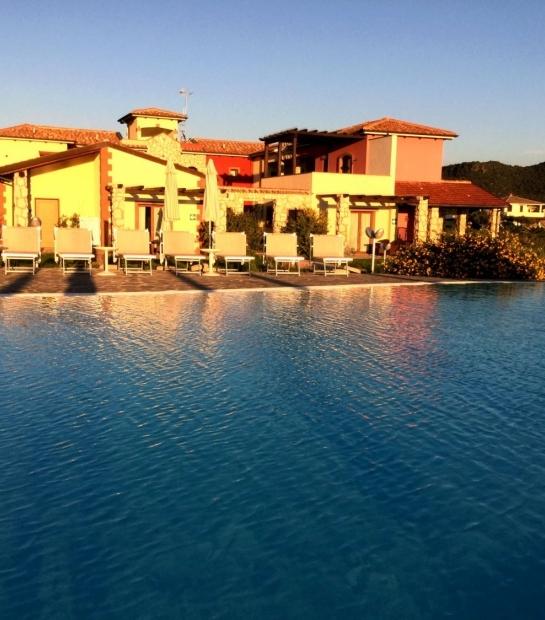 sunset swimmingpool alghero
